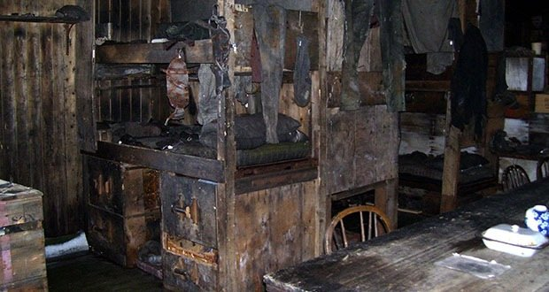 003_Scott's Hut-Creepiest Places on Earth