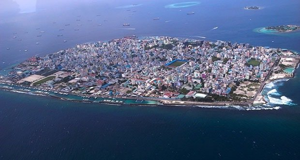 Malé, Island (divisions Henveiru, Galolhu, Machchangolhi, Maafannu), Republic of Maldives-Most Densely Populated Places on Earth