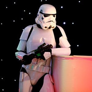 Stormtroopers-Awesome Facts About Left Handedness