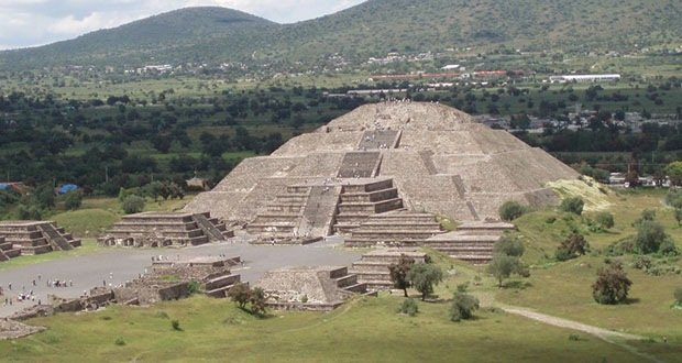 016_Teotihuacan-Creepiest Places on Earth