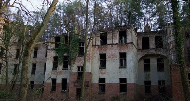 022_Beelitz Heilstatten Military Hospital-Creepiest Places on Earth