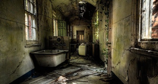 031_Hellingly Hospital-Creepiest Places on Earth