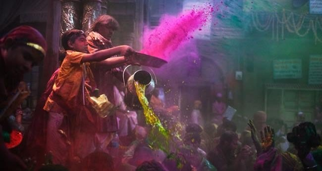 4. Holi — Celebrated by Hindus Around the World – March 27 (for 2014)-Festivals You Should Attend Before You Die