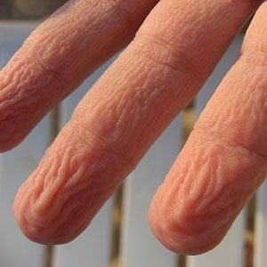 Fingers prune-Interesting Facts About Water