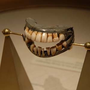 George Washington's wooden teeth-Kickass Random Facts List