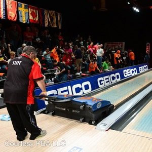 Professional bowling oil patterns