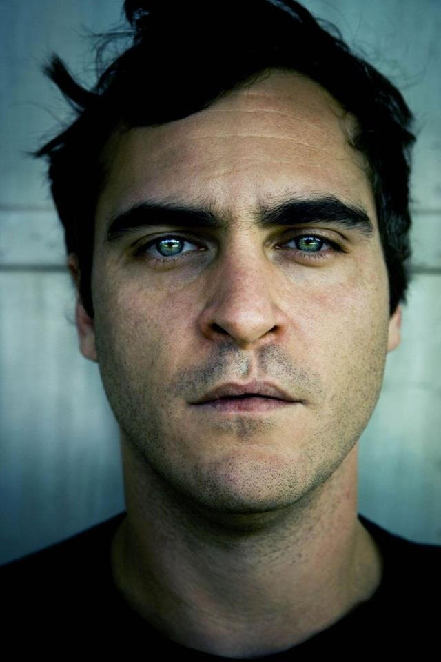 Joaquin phoenix facial scar