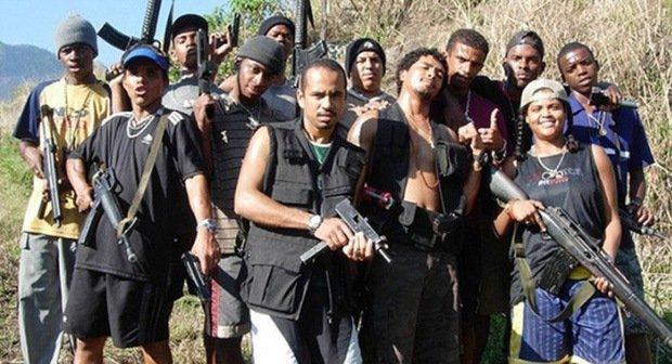 asian-gangs-vs-mexican-gangs-hot-nude-thugs