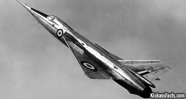 9 The Fairey Delta 2